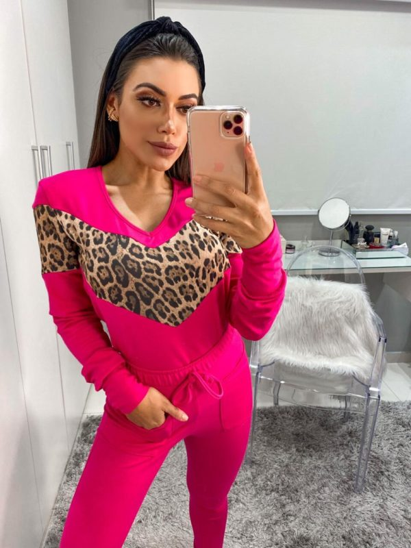 Pijama Moletinho Pink Detalhe Onça